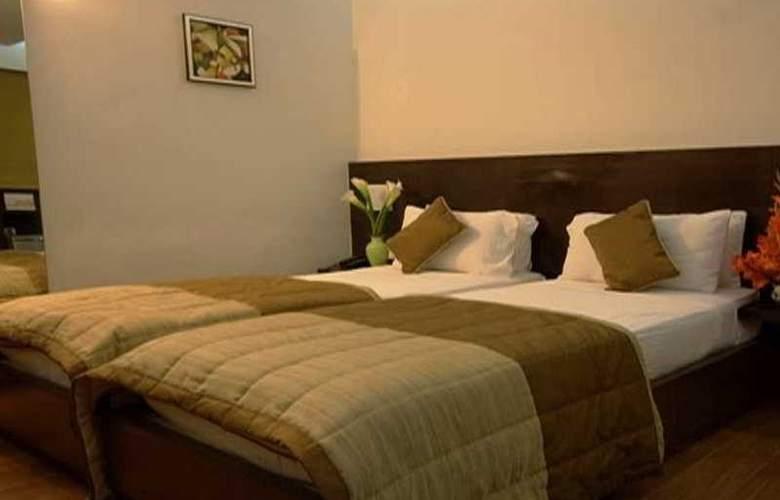 9 Marks Inn - Room - 5