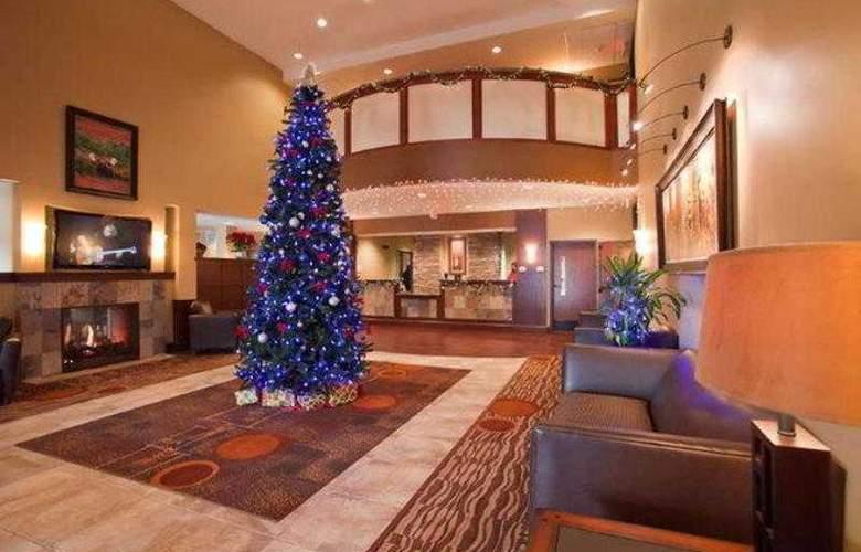 Best Western Plus Grand Island Inn & Suites - Hotel - 7