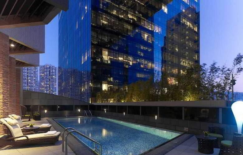 Dorsett Kwun Tong Hong Kong - Pool - 13