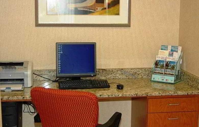 Fairfield Inn & Suites Atlanta Vinings - Hotel - 17