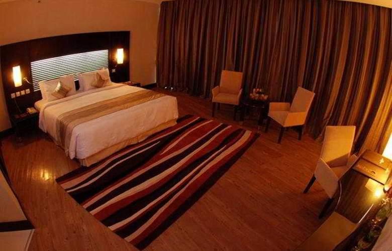 Holiday Village & Residence - Room - 3