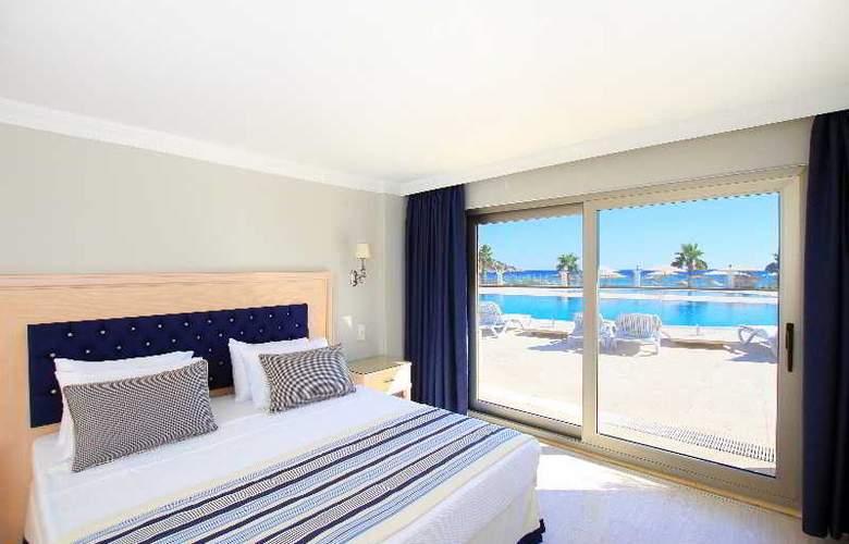 Palm Bay Beach Hotel - Room - 10
