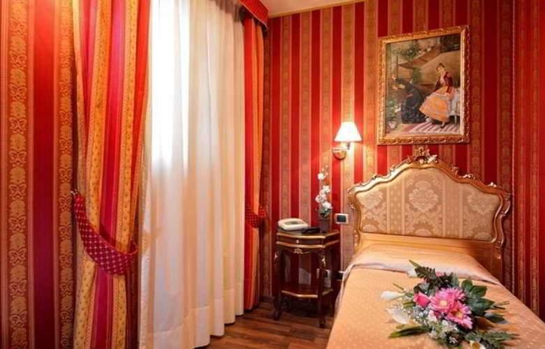 Citta Di Milano - Room - 4