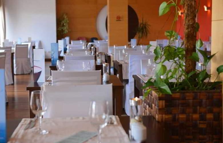 Luna Island Hotel - Restaurant - 19