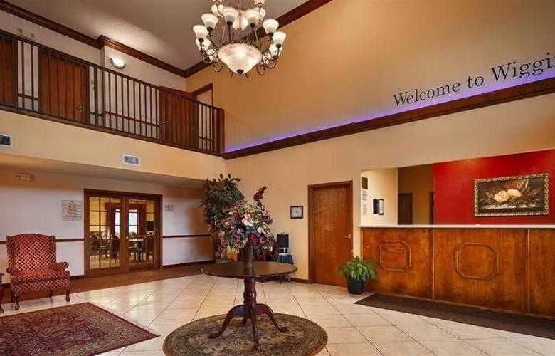 Best Western Woodstone - Hotel - 22