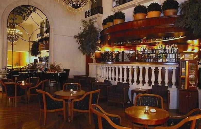 Radisson Blu Martinez - Bar - 4