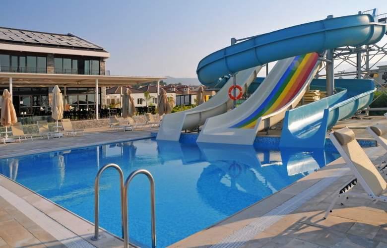 Jiva Beach Resort Fethiye - Pool - 14