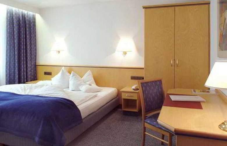 Ringhotel Loew's Merkur - Room - 3