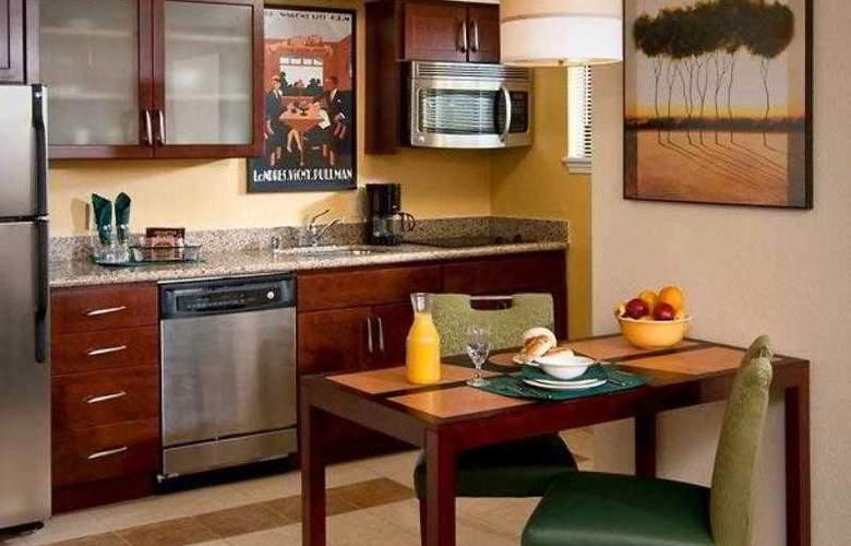 Residence Inn Oxnard River Ridge - Hotel - 1