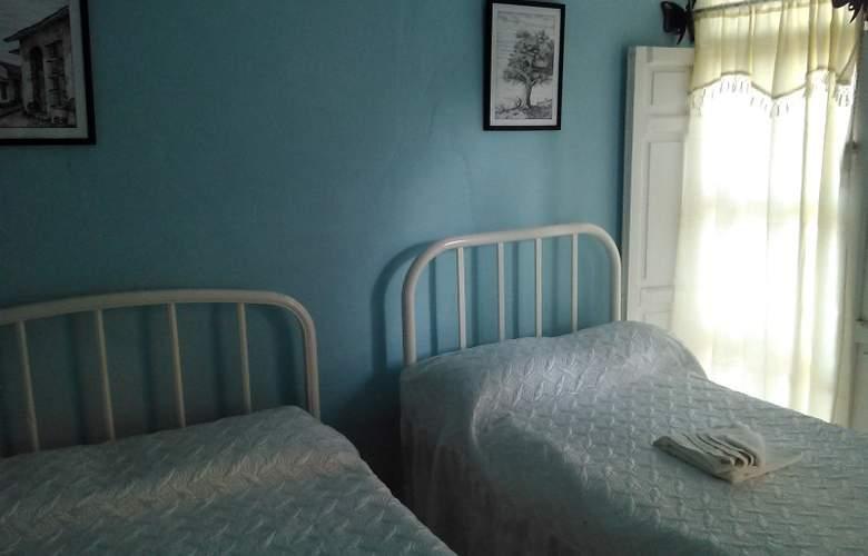 Hostal La Cucaña - Room - 13