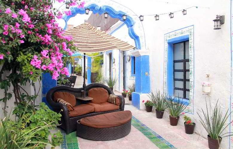 Hotel & Spa Mansion del Burro Azul - General - 2