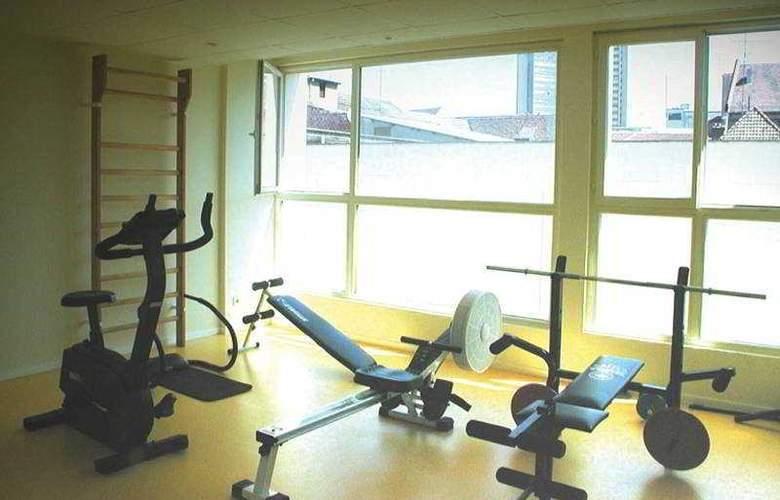 Kyriad Mulhouse Centre - Sport - 5