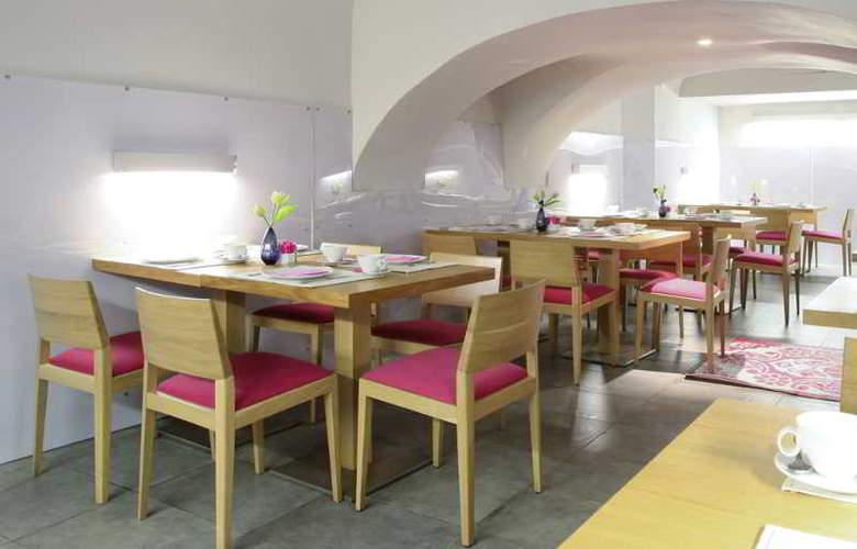 Meninas - Restaurant - 15