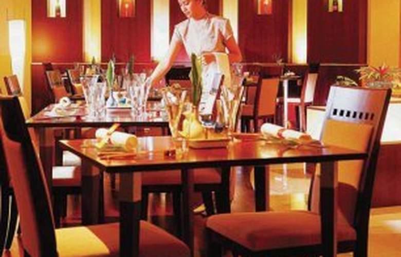 Furama Riverfront - Restaurant - 6