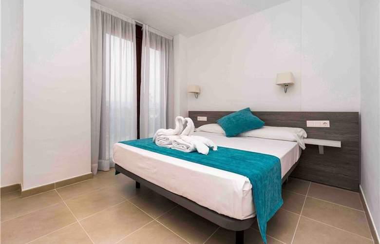 Ferrer Skyline Menorca - Room - 1