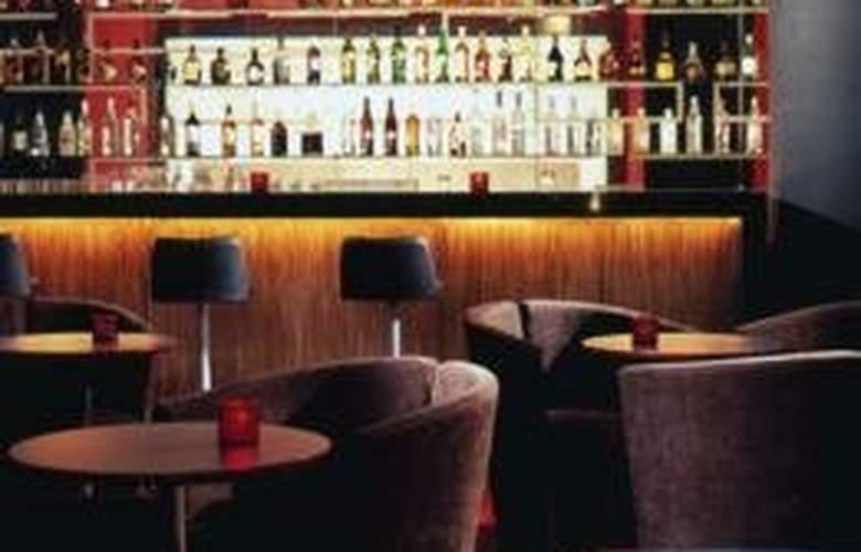DoubleTree by Hilton Hotel México City Santa Fe - Bar - 4