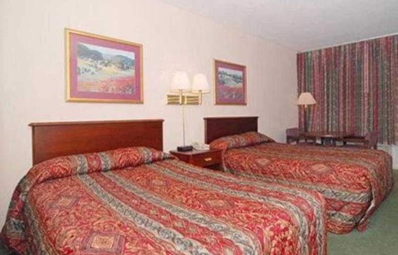 Econo Lodge Inn & Suites - Room - 5