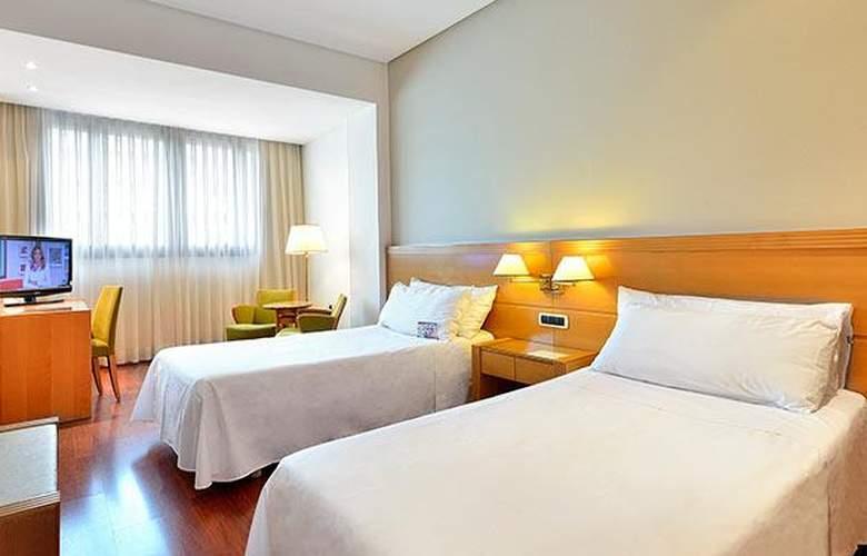 Tryp Málaga Alameda - Room - 10