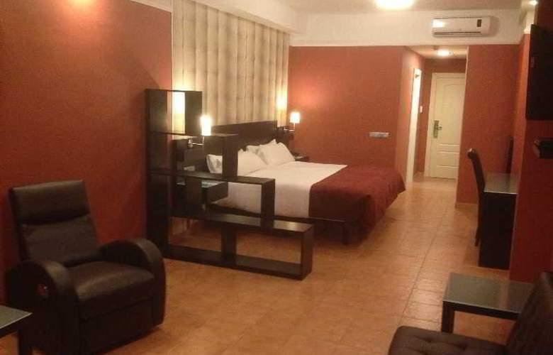 Los Arcos - Hotel - 11