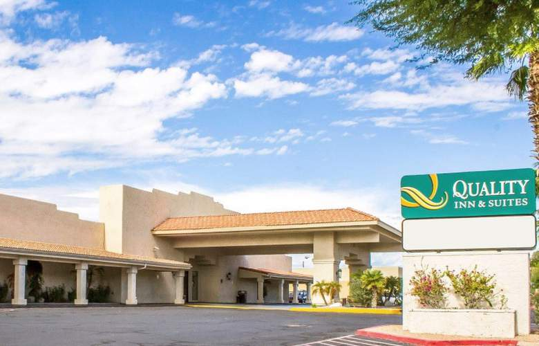 Quality Inn & Suites Lake Havasu City - Hotel - 0