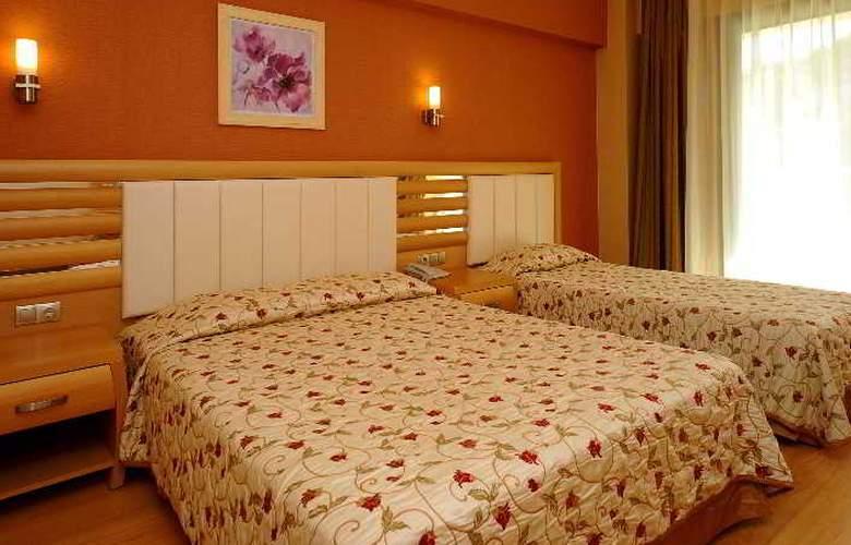 Grand Pasa Hotel - Room - 14