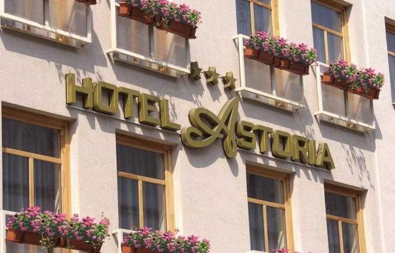 Astoria - Hotel - 0