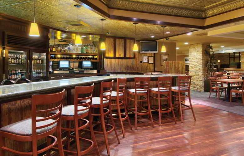 Fremont Hotel And Casino - Bar - 9