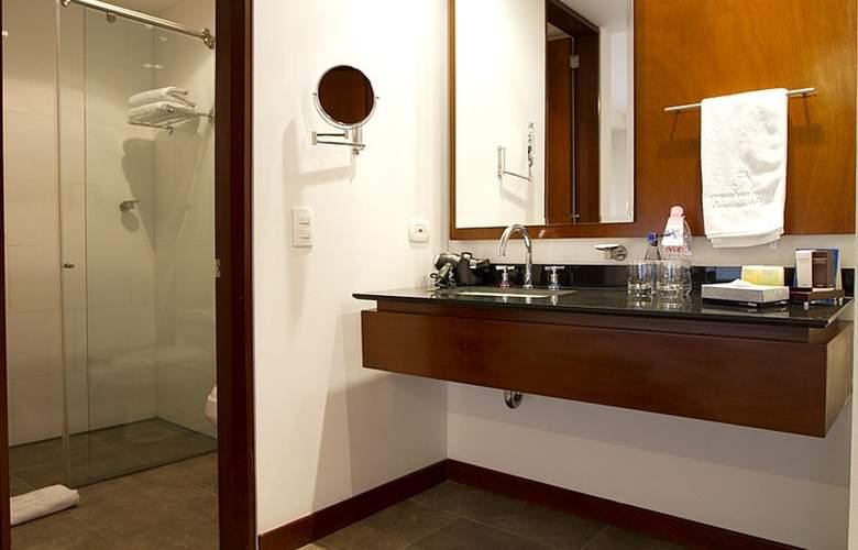 NH Bogotá Pavillon Royal - Room - 11