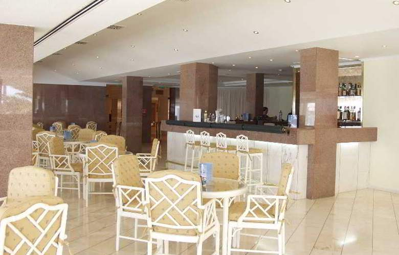 Holiday Inn Algarve - Bar - 19
