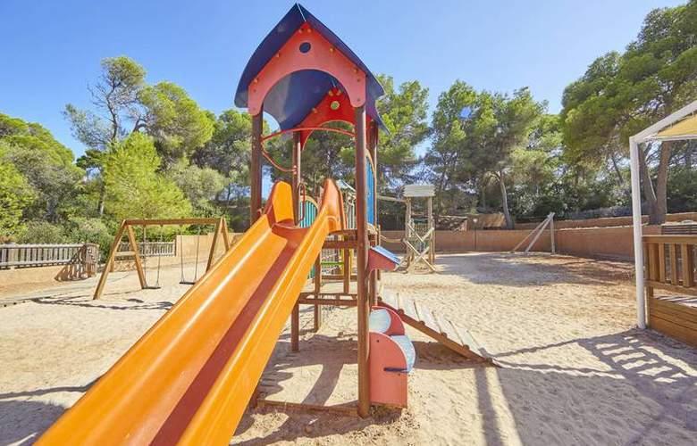 Blau Privilege Porto Petro Beach Resort & Spa - Services - 6