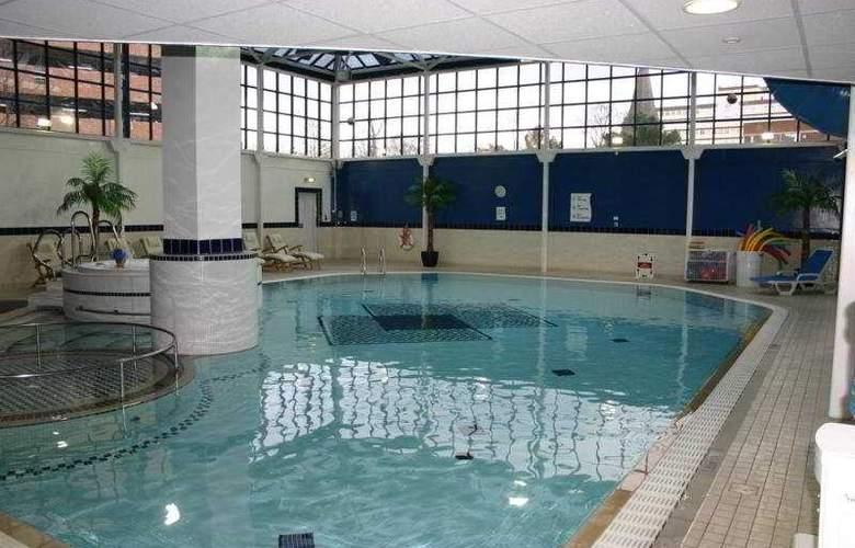 Seralago Hotel & Suites Main Gate East - Pool - 5
