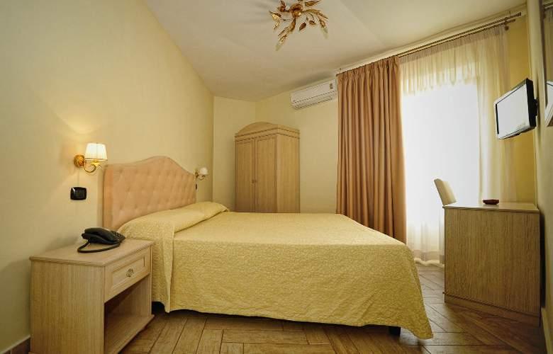 Barbato - Room - 7