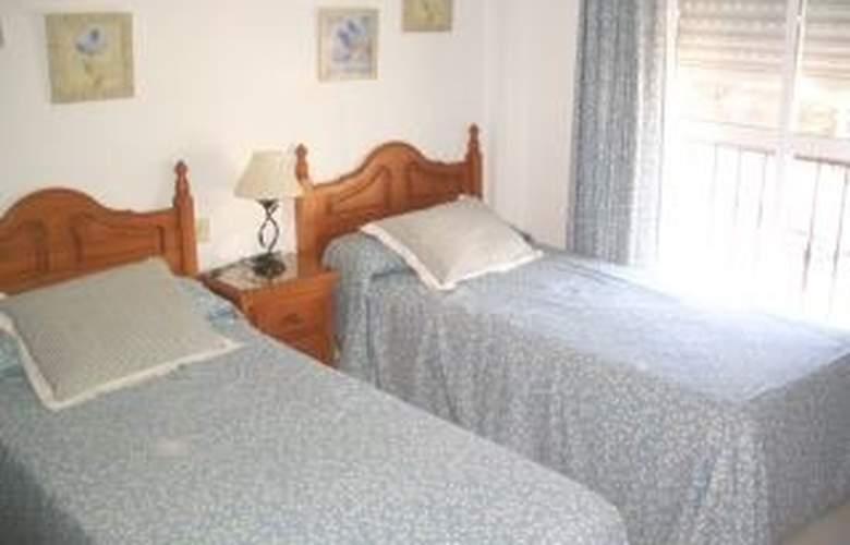 Terrasol Villas Caleta del Mediterraneo - Room - 0