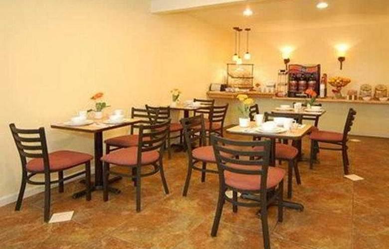 Comfort Inn Monterey Bay - Restaurant - 6