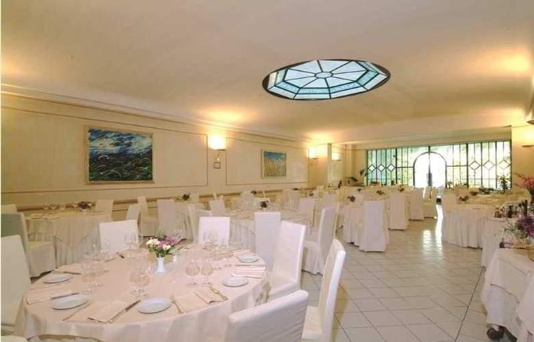 Goya - Restaurant - 4