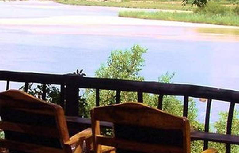 Divava Okavango Lodge and Spa - Terrace - 2