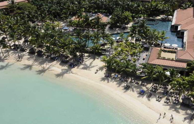 Le Mauricia Beachcomber Resort & Spa - Hotel - 8