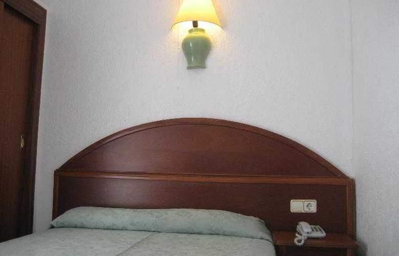Riutort - Room - 12
