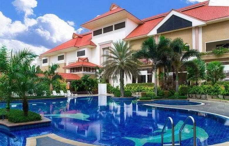 Eastern Grand Palace Chonburi - Pool - 5