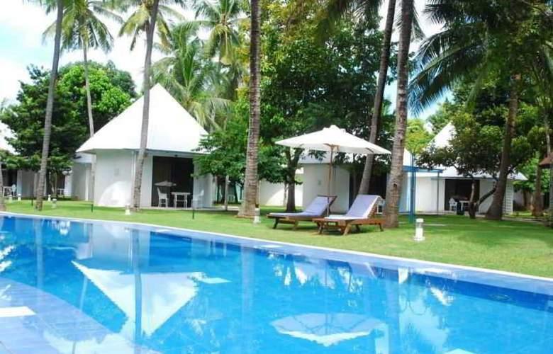 Cordova Reef Village Resort - Pool - 30
