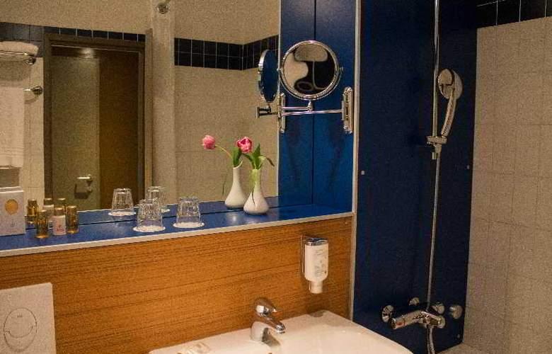 Holiday Inn Lugano Centre - Room - 21