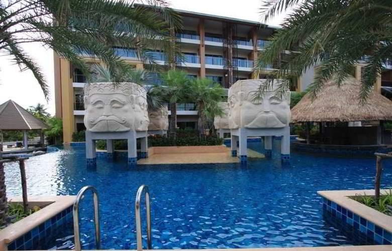 Rawai Palm Beach Resort - Pool - 8