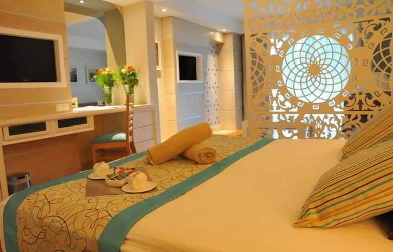 Crystal Sunset Luxury Resort & Spa - Room - 9