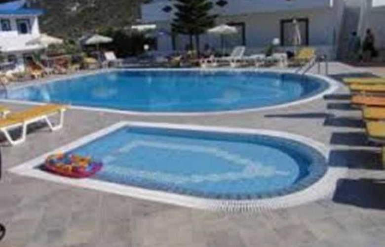 Villa Popi - Pool - 9