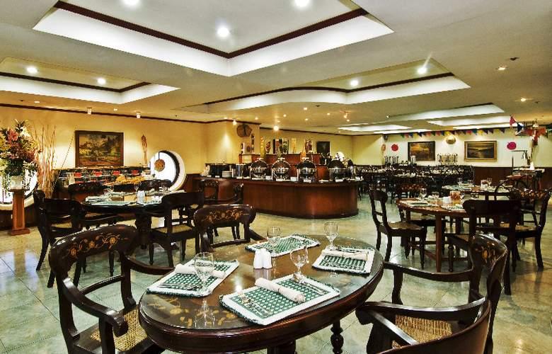 Berjaya Hotel - Restaurant - 5