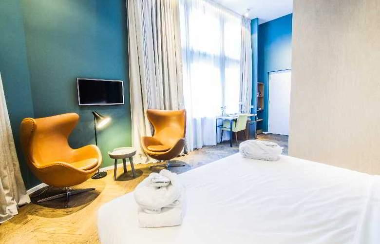 Hotel De Hallen - Room - 11