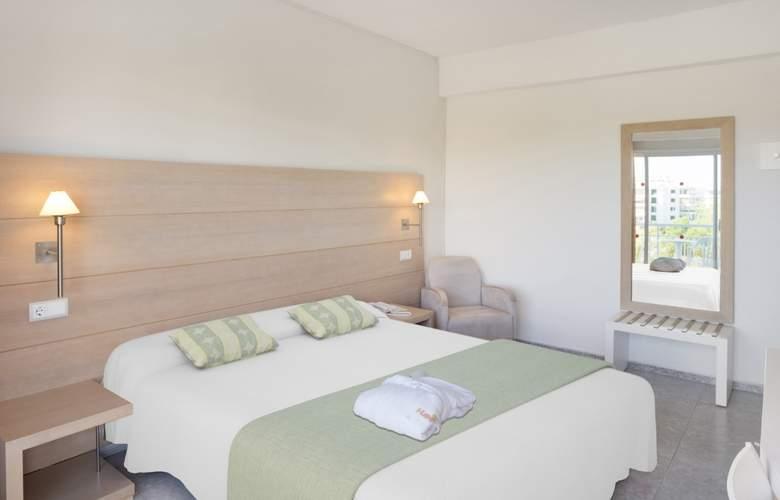 HSM Golden Playa - Room - 12