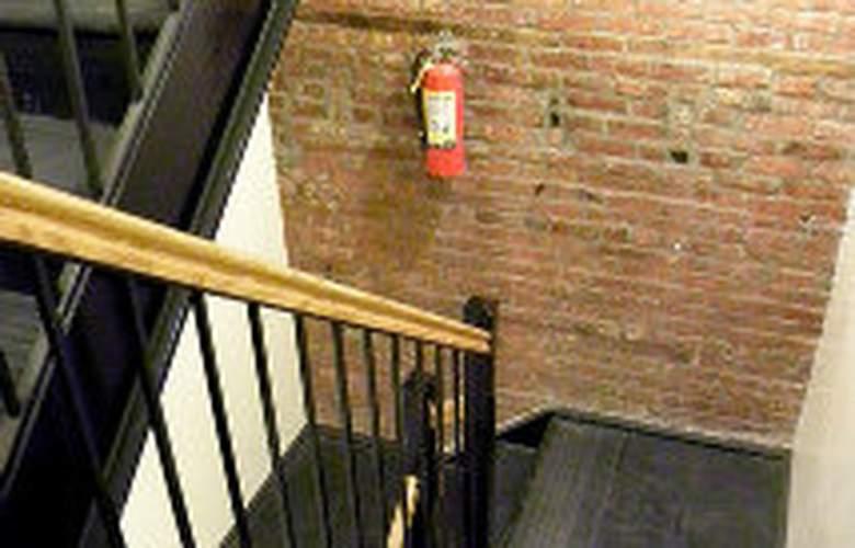 Trendy East Village 2 bedroom apartment - Room - 4
