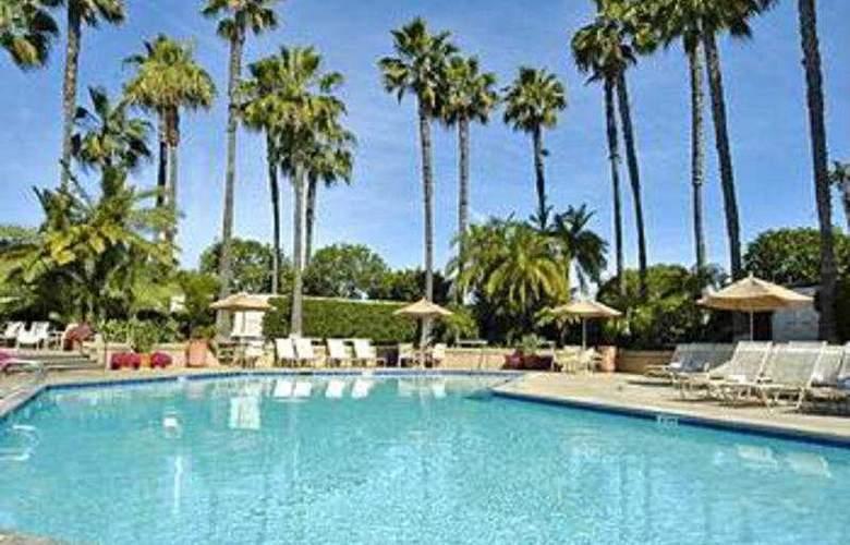 Hyatt Regency Irvine - Pool - 3