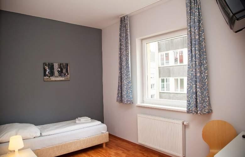 A&O Köln Neumarkt - Room - 5